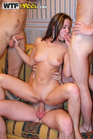 XXX College Party Pictures